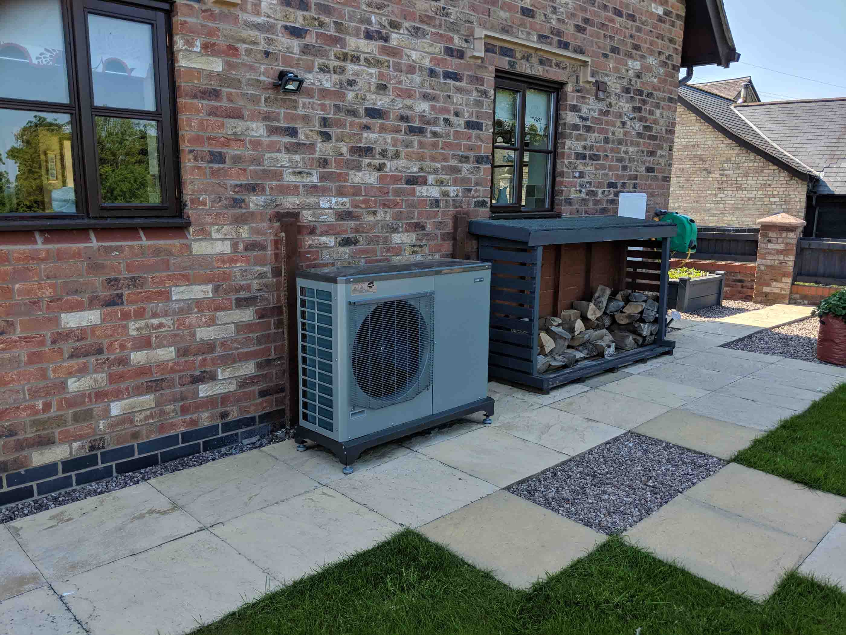 Ground-and-Air-source-heatpumps