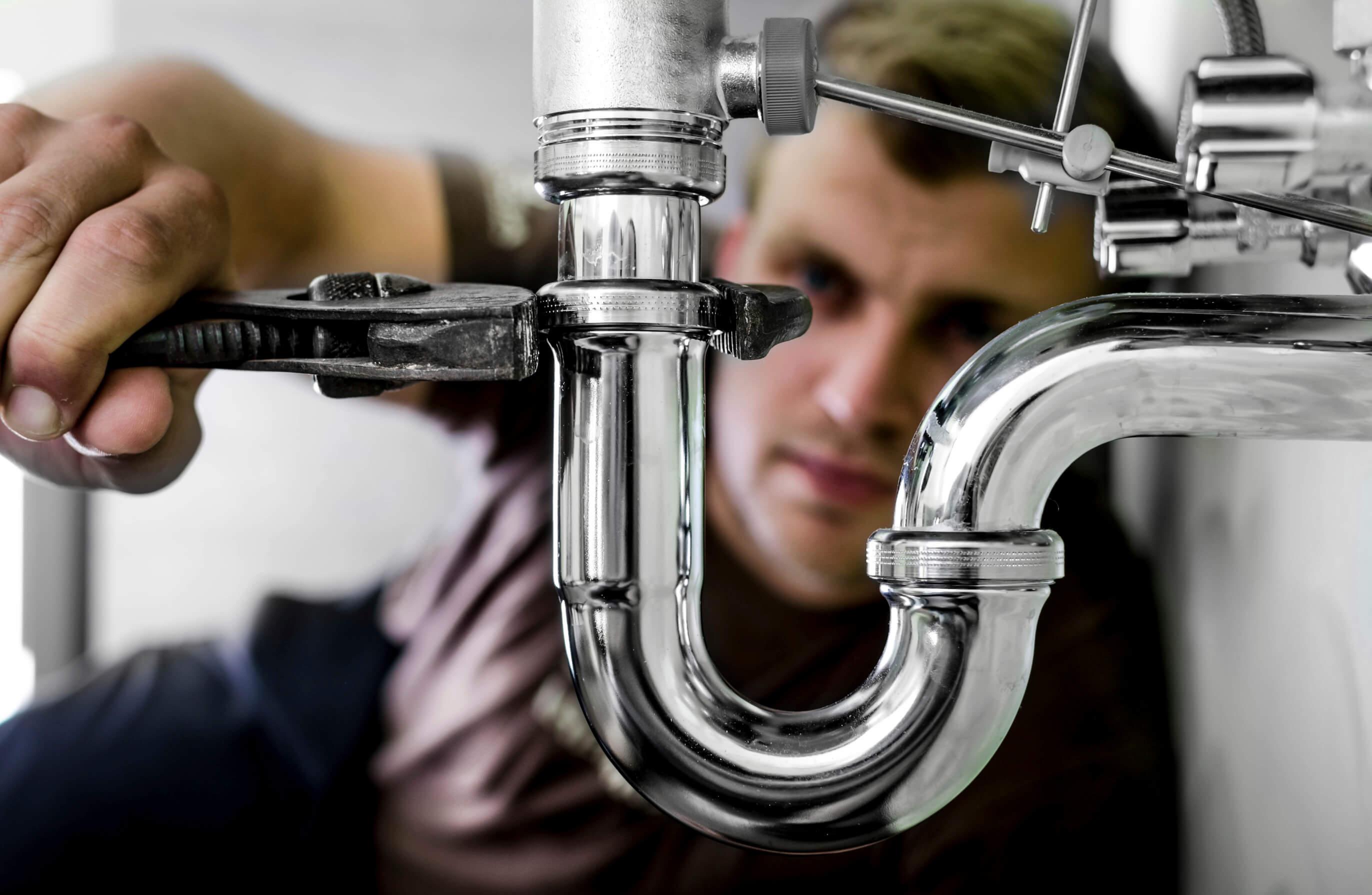 Plumber repairs